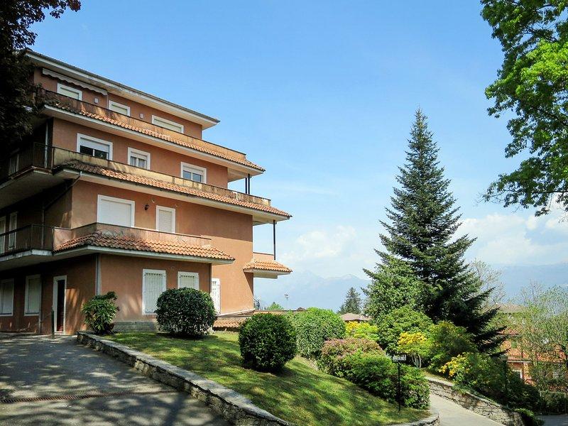 Tre Pagode (SEA130), vacation rental in Stresa