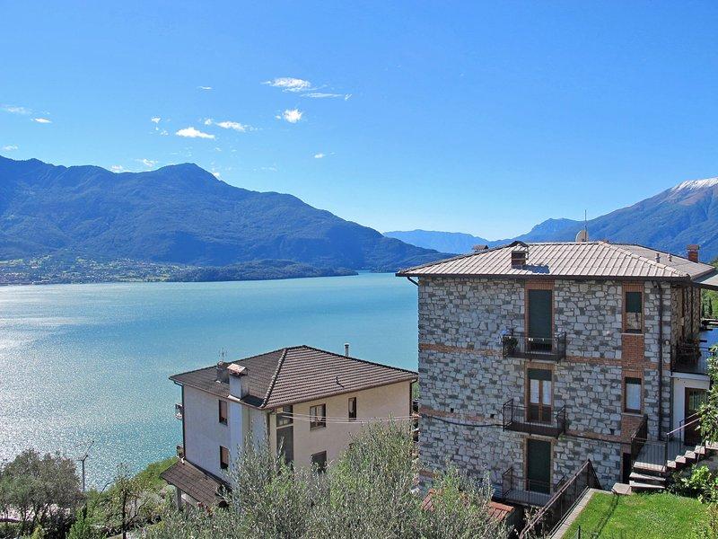 Casa del Sole (GLA200), location de vacances à Trezzone