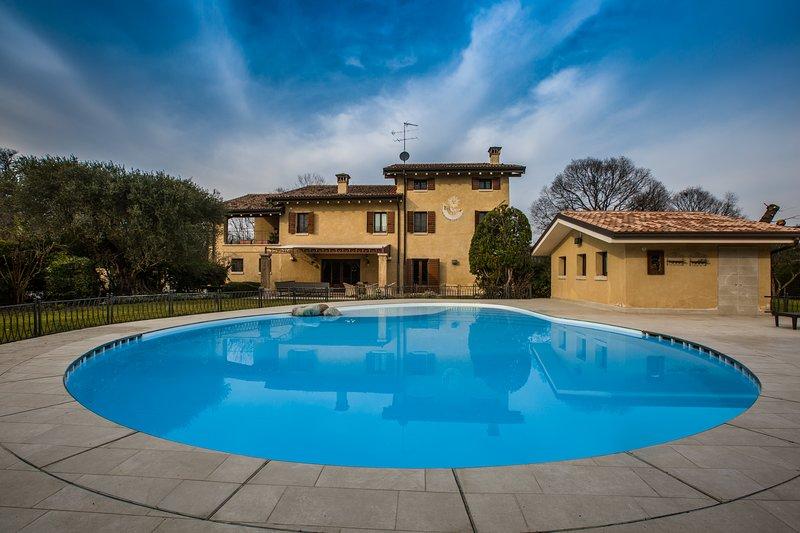 B&B Casale la Meridiana, vacation rental in Valeggio Sul Mincio