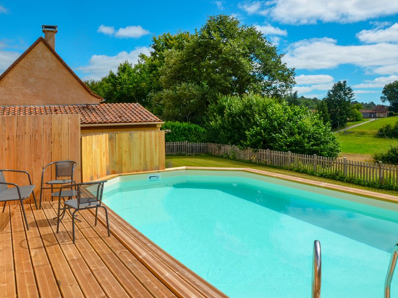 Les Amandiers (JDC101), vacation rental in Saint-Martin-des-Combes