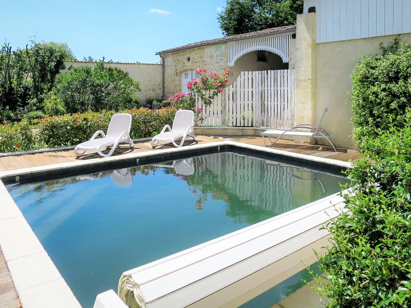 La Vertheuillaise (VHL100), holiday rental in Lesparre-Medoc