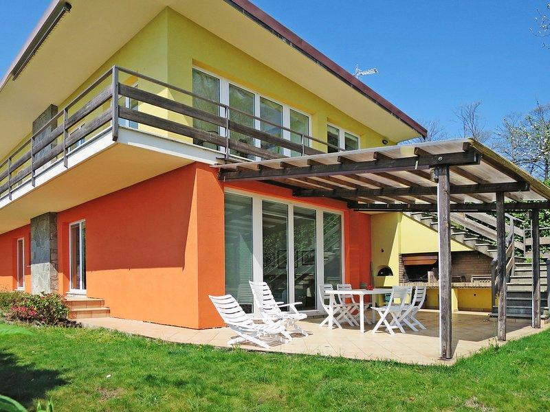 La Casa del Tiglio (ORA230), vakantiewoning in San Maurizio d'Opaglio