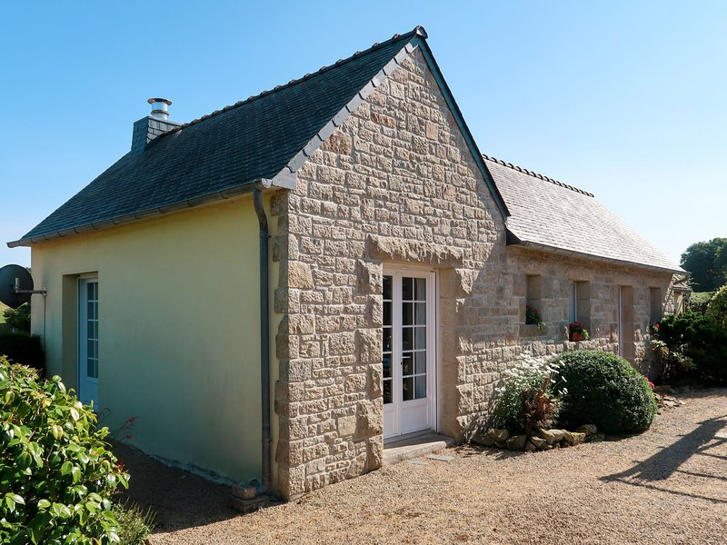 Les Agapanthes 1 (PLR207), casa vacanza a Lanhouarneau