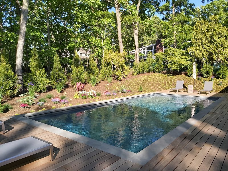 Great 4 bedroom family home walking distance to the beach and village, alquiler vacacional en Sag Harbor