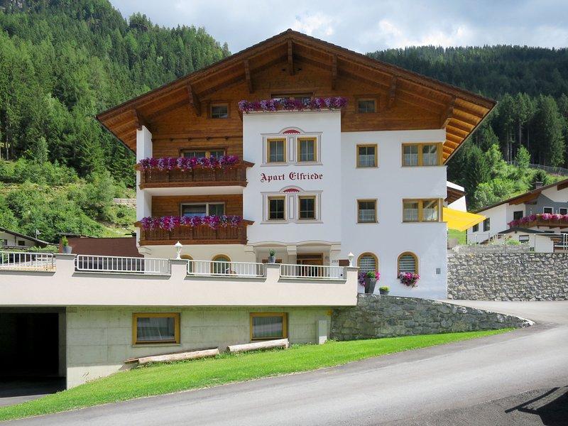 Elfriede (SZU120), holiday rental in See