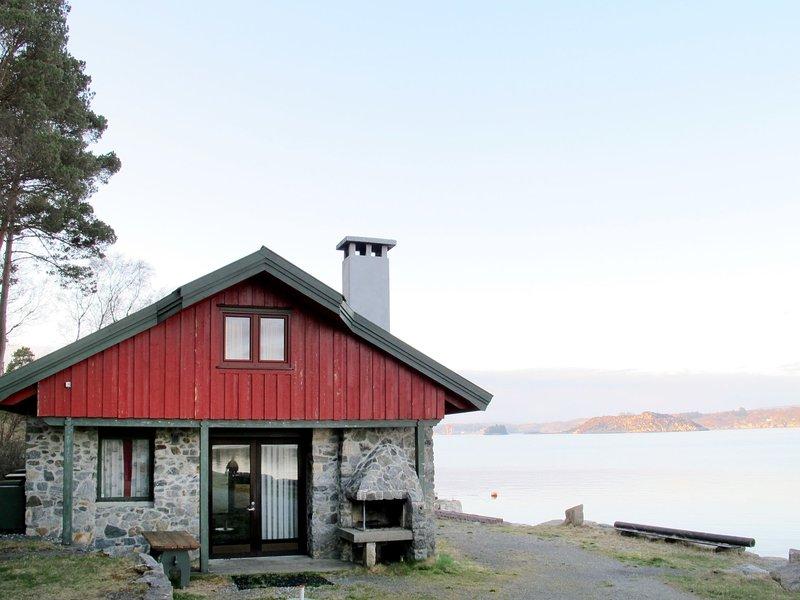 Fjordstuen (FJR650), alquiler vacacional en Roksund