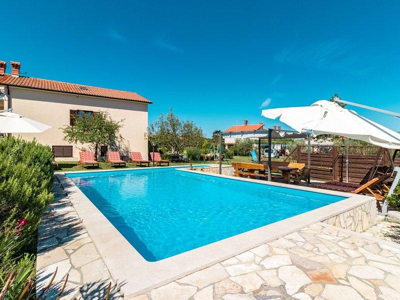 Villa Emanuela (IPC100), alquiler de vacaciones en Gracisce