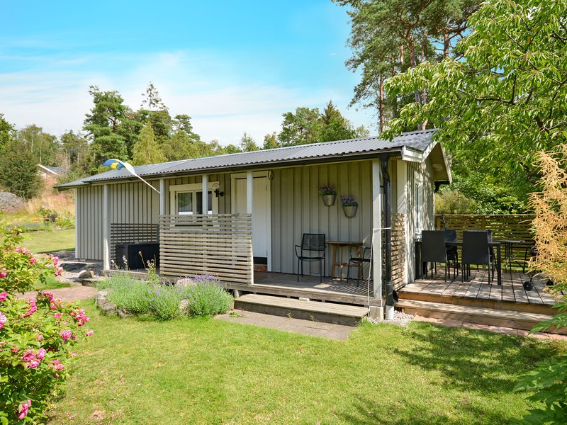 Ringsegård Höjden (HAL045), holiday rental in Tvaaker