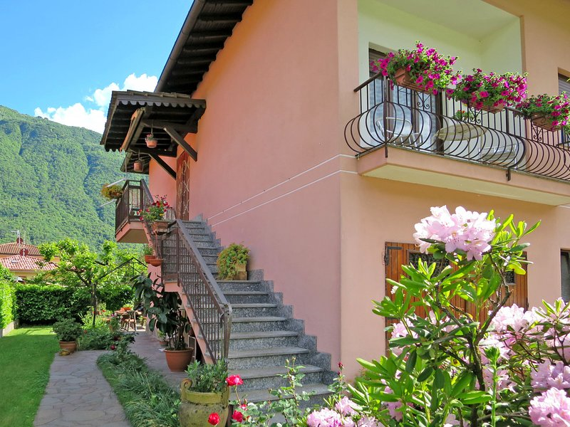 Caterina (PLZ115), holiday rental in Porlezza