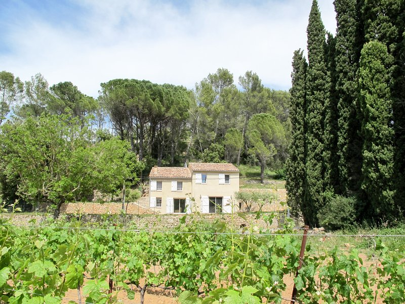 Les Restanques (CAE150), vacation rental in Cabasse
