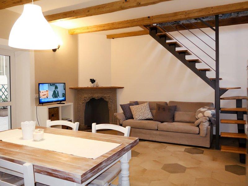 Stella Blu (ORA275), vacation rental in Casale Corte Cerro