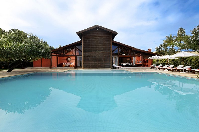 Bah001 - Luxury house with pool in Trancoso, holiday rental in Porto Seguro