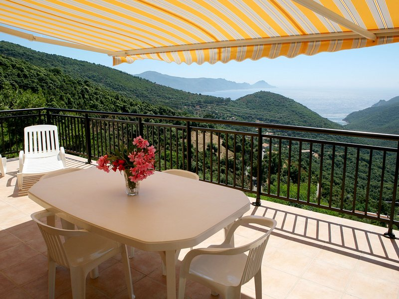 Les Asphodeles (NLO103), vacation rental in Piana