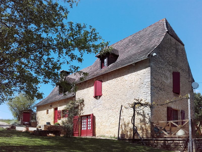 Maison Rouge (AMA202), holiday rental in Coly