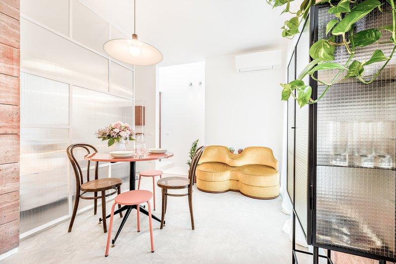 Microcosmo La Spezia - Appartamento, holiday rental in Valeriano Lunense
