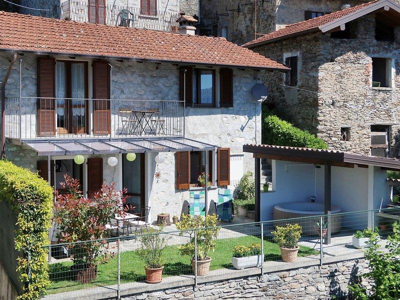 Rustico Simona (GRV255), holiday rental in Gravedona ed Uniti