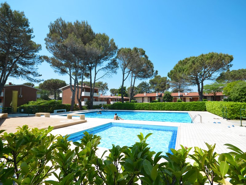 Club dei Pini (BIB702), vacation rental in Bibione
