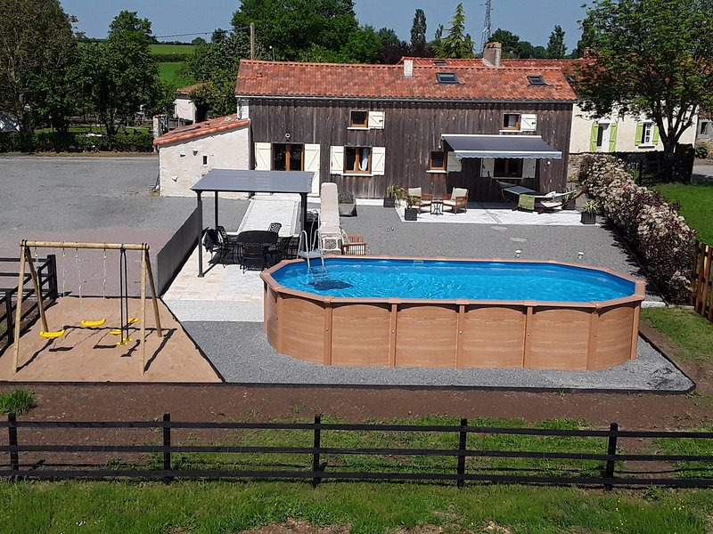 La Baraudiere, holiday rental in Saint-Aubin-le-Cloud