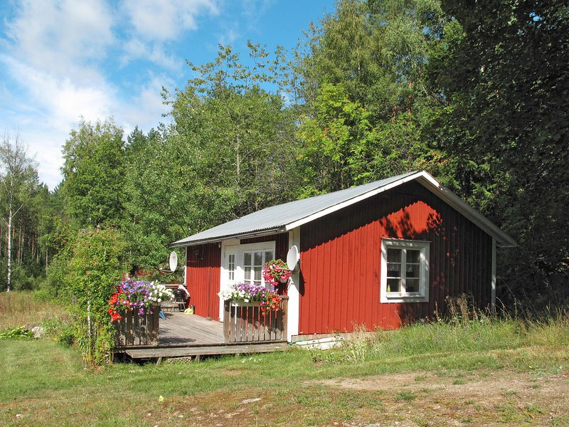 Stenfors (SND035), vacation rental in Tvetaryd