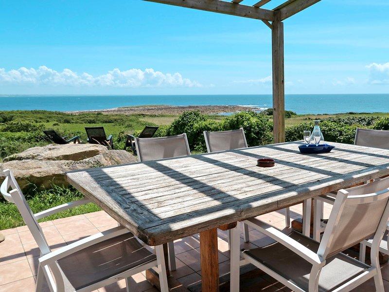 Rêves de Mer (ESQ105), vacation rental in Cleden-Cap-Sizun