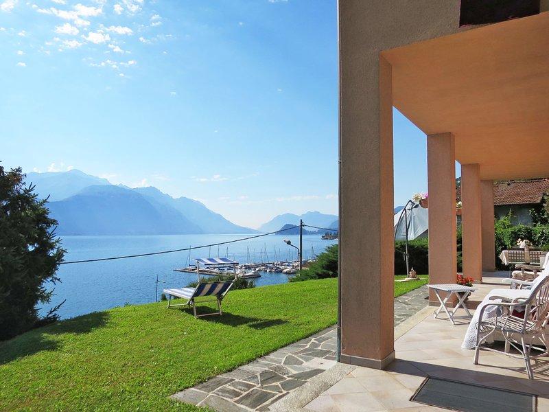 Casa Rosa (MGG195), vacation rental in Plesio