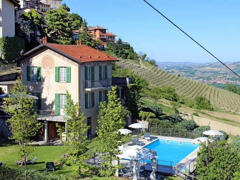 Villa Savio (LMR150), vacation rental in Verduno