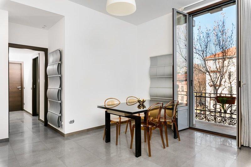 Modern New Apartment ( BOCCONI), holiday rental in Locate di Triulzi