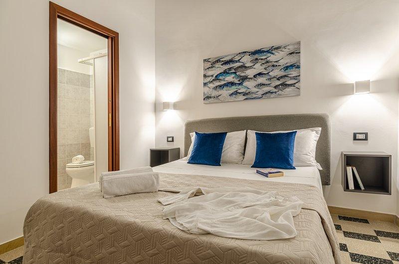 Nonna Germina Locazione Turistica - appartamenti indipendenti al mare + parchegg, vacation rental in Nizza di Sicilia