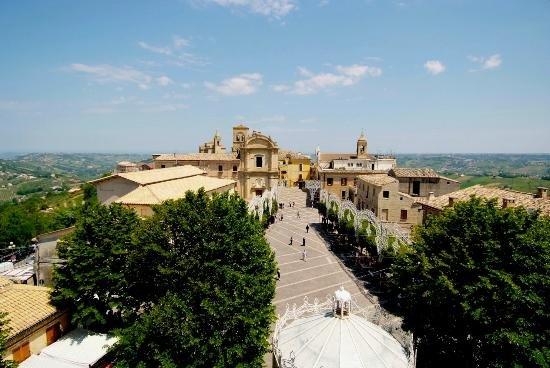 Vacanza mare e monti Bucchianico, alquiler vacacional en Villa Oliveti