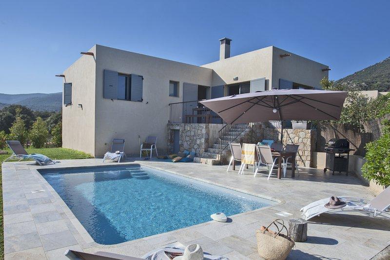 Casa Sicreta, villa climatisée avec piscine Lozari, holiday rental in Asco