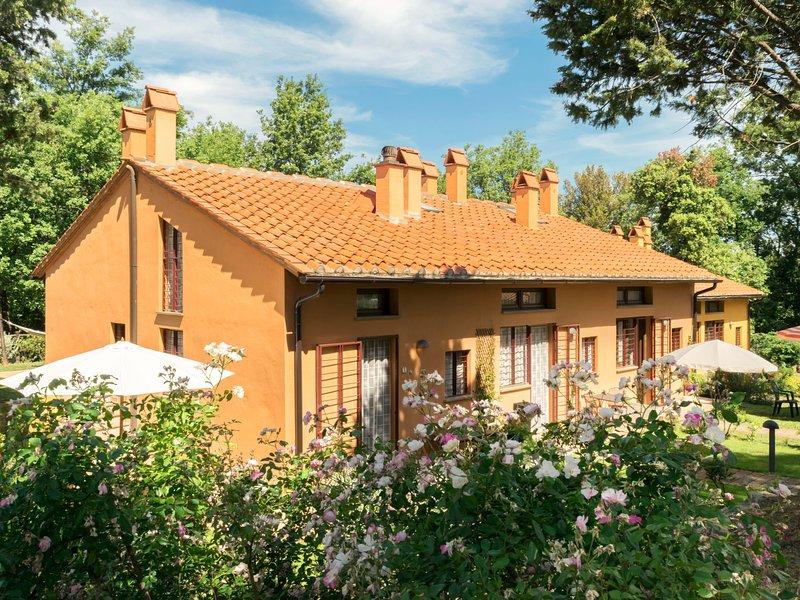 Borgo La Fungaia (SGI465), holiday rental in San Gimignano