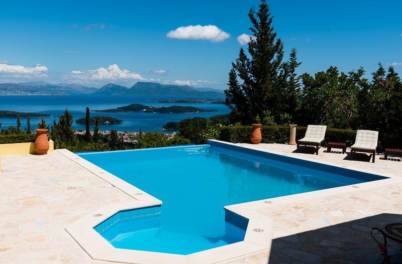 Villa Gabriella Lefkada.  Ionian luxury.  Immerse yourself., location de vacances à Lefkada