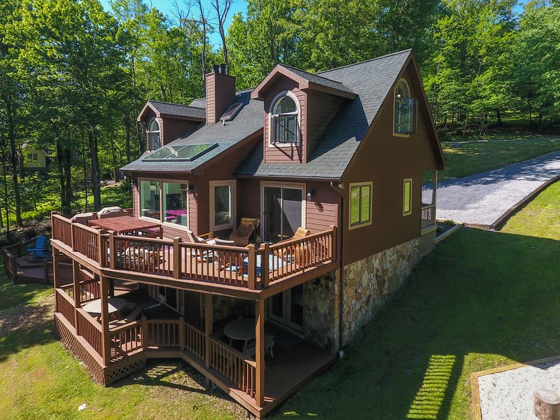 Lakeview Bearadise, vacation rental in McHenry