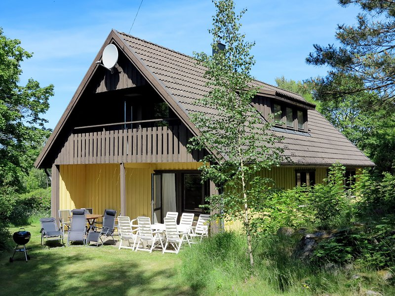 Askerum (SND106), holiday rental in Gamleby