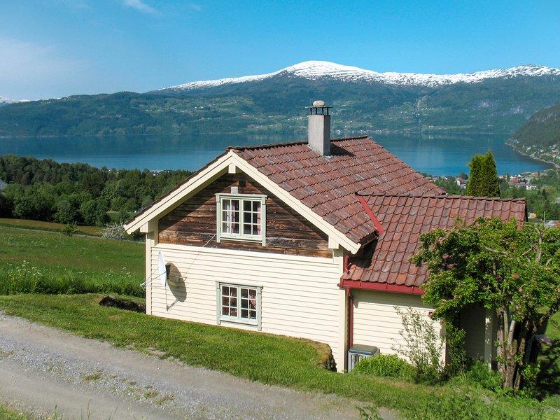Nystova (FJS250), casa vacanza a Olden