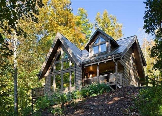 Romantic Cabin,Views,Pet-Friendly,HotTub,Trails, holiday rental in Ferguson