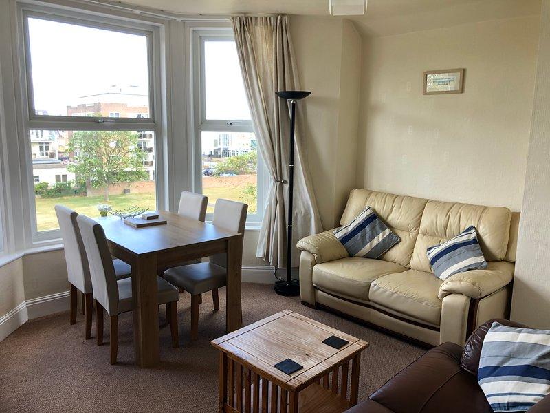 Bedford Holiday Apartments. Apartment 12. (Sea View), location de vacances à Paignton