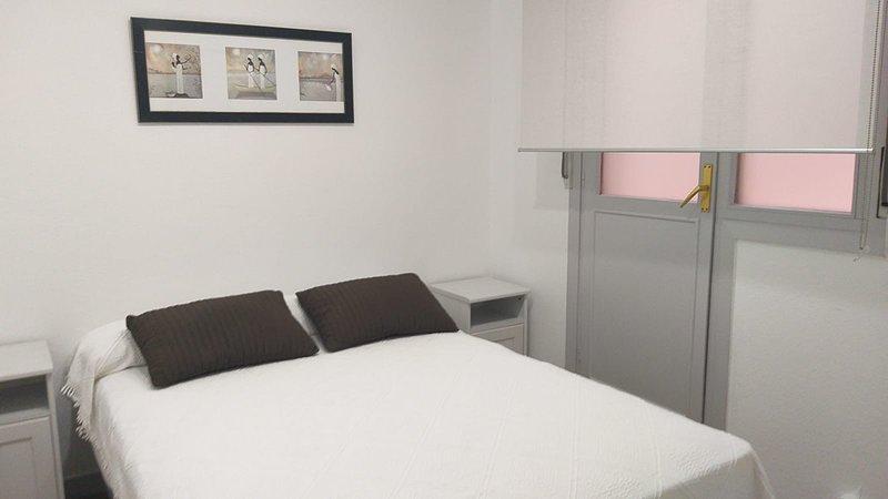 HABITACION INDEPENDIENTE, holiday rental in Miono