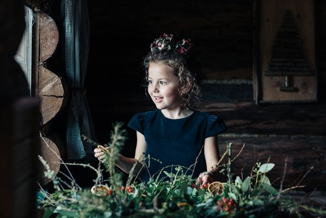 Leigh Tucker, Willow for Dunnes Stores Christmas 2017 photoshoot.