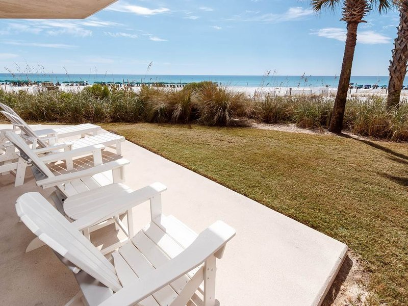 1st Floor Exquisite Gulf-Front Condo At Waterscape! Waterfall, Lazy River, holiday rental in Fort Walton Beach