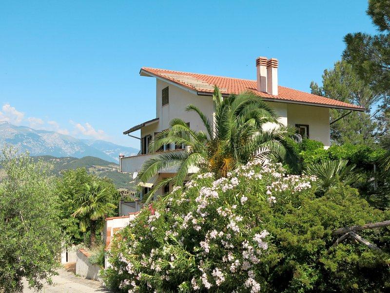 Scutti (ATL100), holiday rental in Casoli