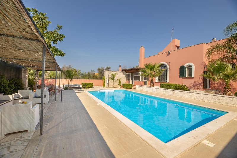 Villa Covile - Casarano, holiday rental in Casarano