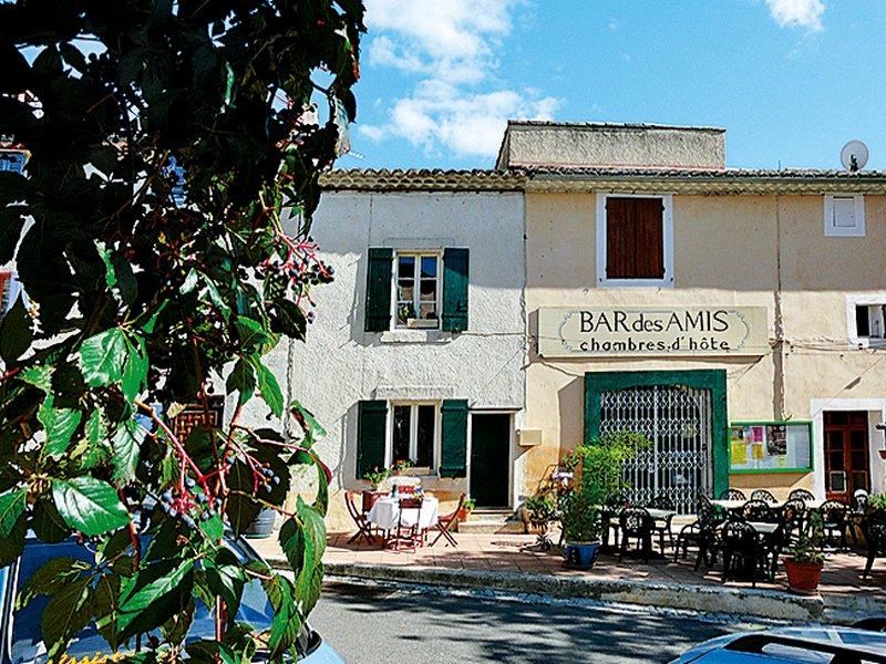 Côté Place (VIL100), holiday rental in Villars en Luberon