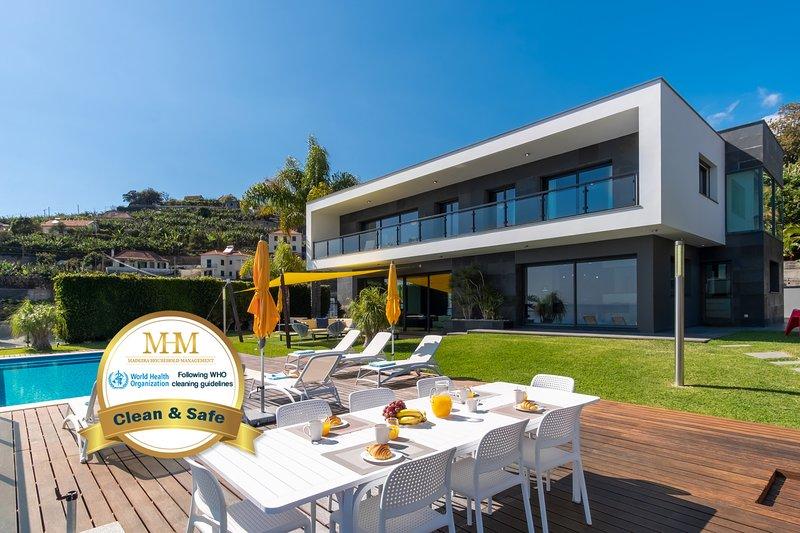 Villa Skylark by MHM, Ferienwohnung in Canhal