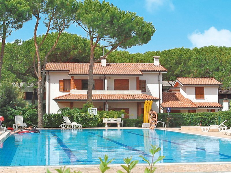 Villaggio Sole B (BIB420), holiday rental in Bibione Pineda