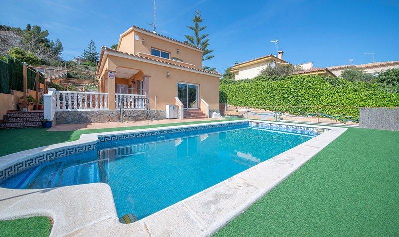 R103 Chalet vacacional con piscina a 2 km de la playa, vacation rental in L'Arboc