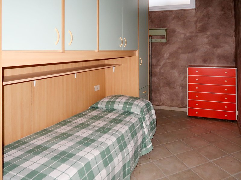 Zenzero e Cannella (DIA122), vacation rental in Diano Borello