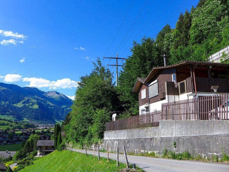 Chalet Guldeli, location de vacances à Muelenen