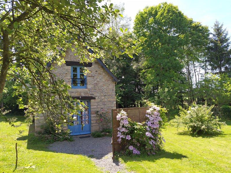 Petite maison proche Mont Saint Michel, location de vacances à Antrain