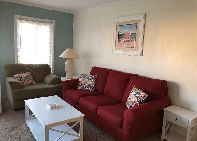 Oceanside Condo with family friendly amenities!, vacation rental in Atlantic Beach